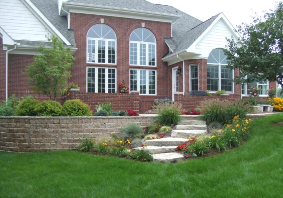 Dynamic Lawn & Landscape: Landscapers in Sterling Heights, MI - home-content-image-1